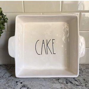 *RARE* Rae Dunn by Magenta Square Cake Pan